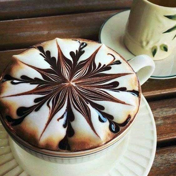 A stunning collection of unique and beautiful latte art for the coffee lover. #LatteArt #Coffee #CoffeeTime #Espresso #Cappuccino #CoffeeArt #CoffeeLover #CoffeeHolic