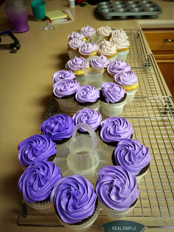 Purple ombre cupcakes