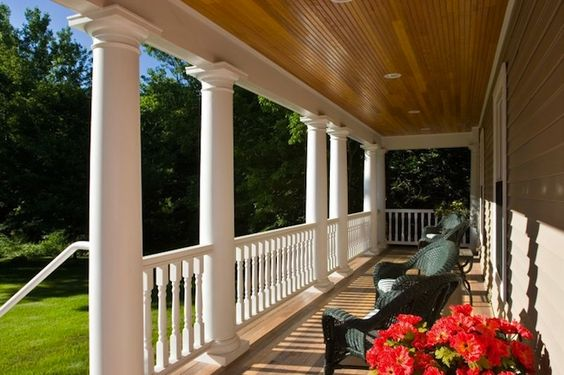 Front porch designs 4 iconic american styles rocking for Colonial front porch ideas