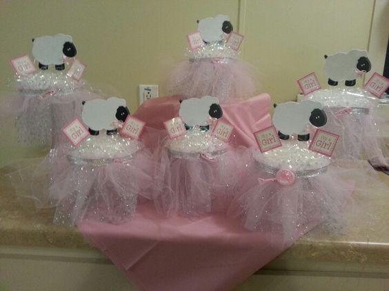 arreglos de mesa para un baby shower de ni a con el tema de ovejitas