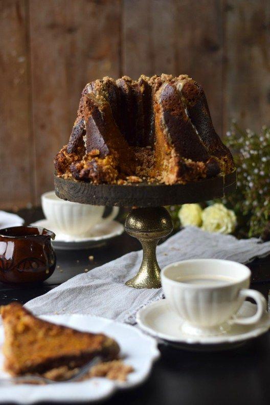 Wuerziger Kürbis Kuchen mit STreuseln - Pumpkin Spice Crumble Cake