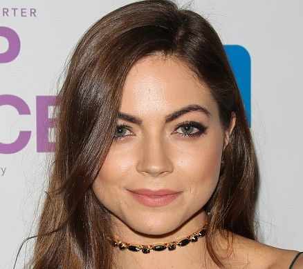Caitlin Carver Pictures - Rotten Tomatoes