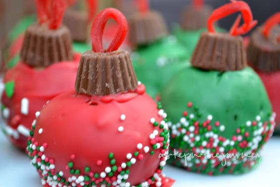 Ornament Cake Balls Definitely making these this Christmas!!#Repin By:Pinterest++ for iPad#