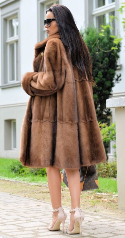Brun doré royal mink fur coat classe de Sable Chinchilla Fox Veste longue gilet