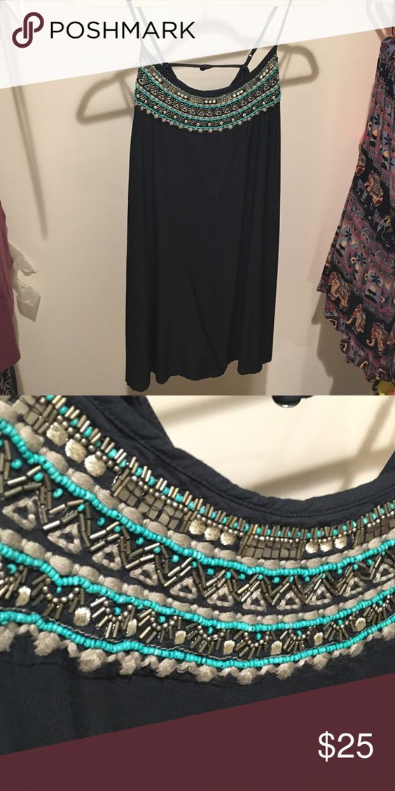 American Eagle Shift Dress 100% viscose and in great condition. super comfortable and flattering! American Eagle Outfitters Dresses Mini