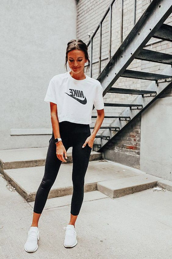 17 Cute Leggings Outfit Ideas To Own Now In 2020 Womens Workout Outfits Athleisure Outfits Summer Cute Outfits With Leggings
