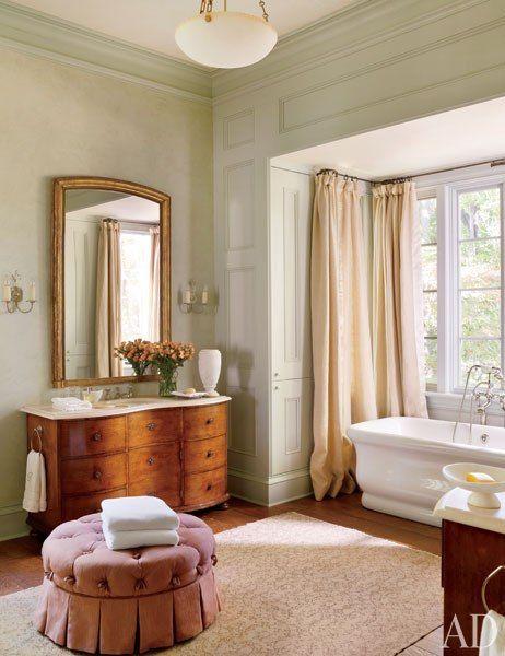 Maison de Cinq: Friday Favorites - Antique Mirrors in a Bathroom