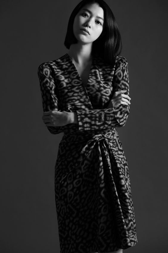 Dress ¥293,000 LANVIN (ランバン) | © The Fashion Post