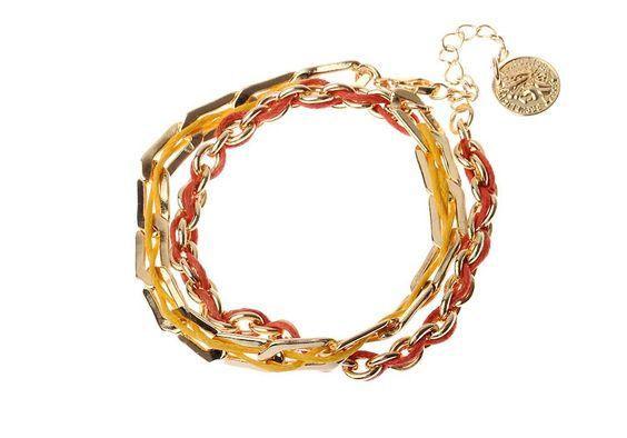 Bracelet chaîne Majique  Cordelette jaune et orange Piece/médaillon dorée Finition dorée Longueur réglable http://www.majiquejewellery.fr/summer-2014-collection/bracelets/fb31874-61638.aspx
