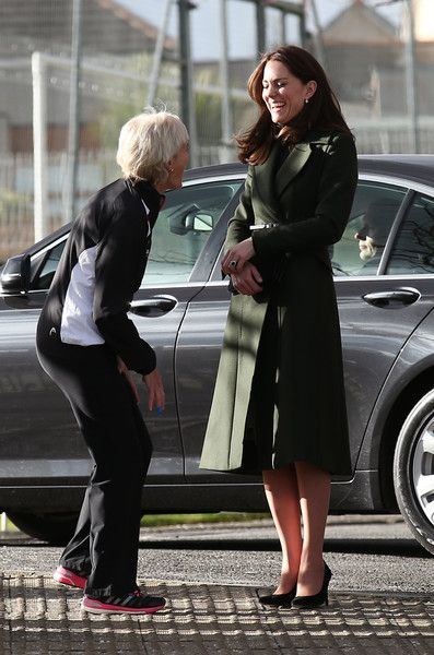 Kate Middleton Photos - The Duchess of Cambridge Visits Edinburgh - Zimbio: