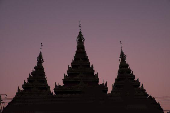 Unknown Temple, Mae Sariang, Thailand | Photo blog Poème Photographique, Laura Lee Moreau