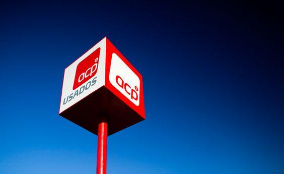 Totem Iluminado ACP | Vinilconsta