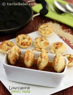Low Calorie Medu Vada recipe | by Tarla Dalal | Tarladalal.com | #40194
