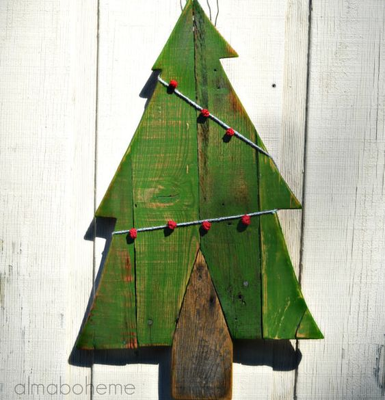 Weihnachtsbäume Holz Wand AufhängerPaletten Holz von AlmaBoheme