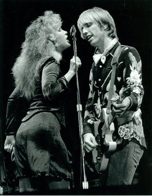 "Stevie Nicks and Tom Petty, ""stop draggin my heart around""......Uploaded By  www.1stand2ndtimearound.etsy.com"