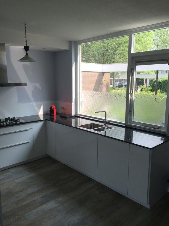 www.loomanskeukens.nl