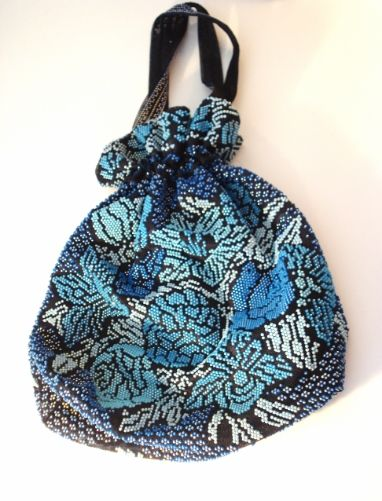 Adorable 60's Vintage beaded Handbag! For more info. click this link http://cgi.ebay.com/ws/eBayISAPI.dll?ViewItem&item=221495644910&ssPageName=STRK:MESE:IT