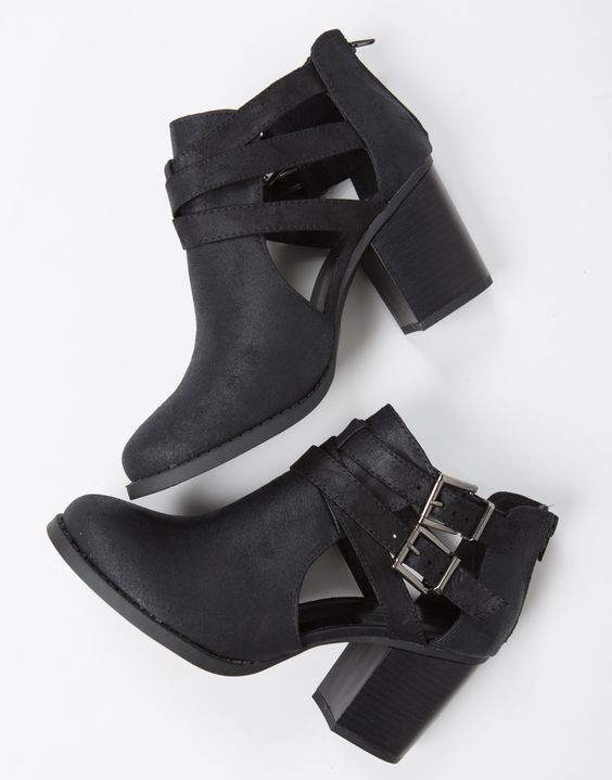 These Double Buckled Ankle Booties are perfect for everyday and goes with everything.: