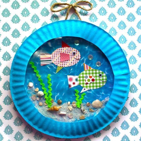 Bricolage poisson d 39 avril kids pinterest aquariums for Aquarium avec poisson