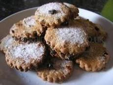 Easter Recipe - Traditional Easter Cookie Recipe from Rainy Day Mum