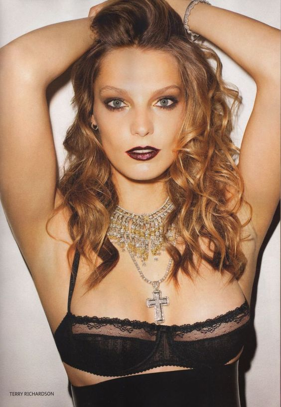 """""""This is My Fetish"""" : Daria Werbowy : Vogue Russia October 2011 : Terry Richardson"""