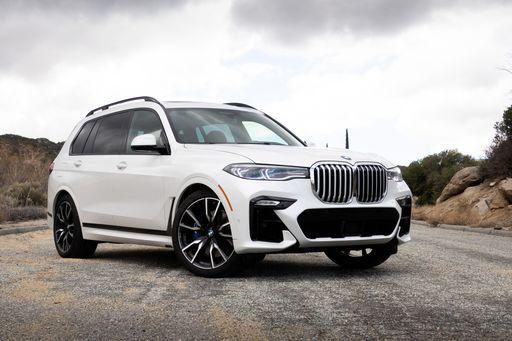 2019 Bmw X7 First Drive The Biggest Bmw Delivers Bmw X7 Sports Cars Luxury Best Luxury Sports Car