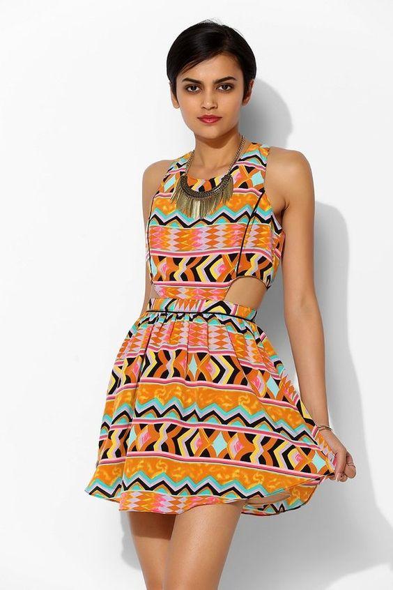 Pin for Later: 27 Kleider für den Junggesellinnenabschied Miami Beach UO Lovers + Friends Salsa Fit & Flare Cutout Dress ($179)