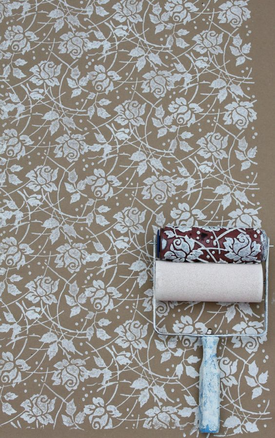 Sea rose patterned paint roller and applicator set - Meuble roller ...