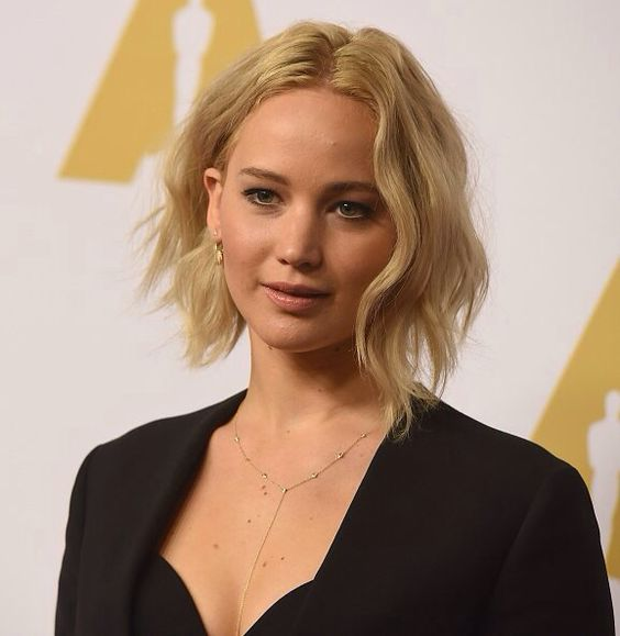 Jennifer Lawrence attends the 88th Annual Academy Awards nominee luncheon on February 8, 2016 in Beverly Hills, California.