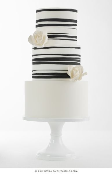 15 Beautiful Black And White Wedding Cakes: