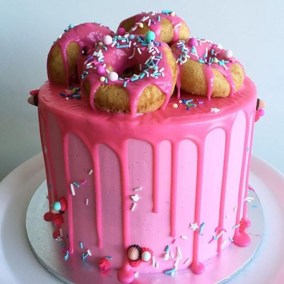 Pink Birthday Cake Decoration Ideas : Donuts, Decorating ideas and Birthdays on Pinterest