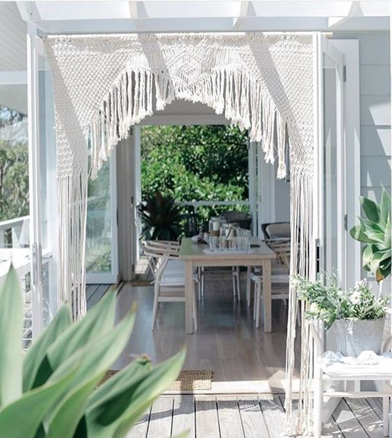 Absolutely stunning! Regram of an arch we made for @story_of_us ✨☁️