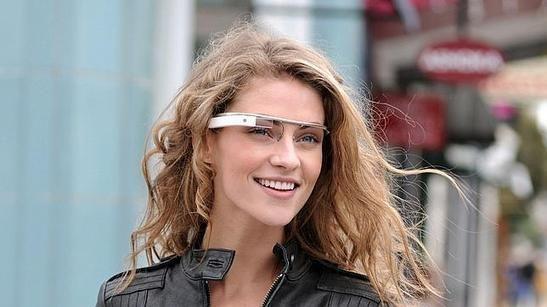 Quieren prohibir el uso de Google Glass mientras se conduce en EE.UU