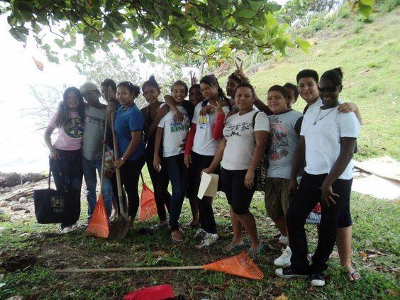 Muchas Gracias a los Alumnos del Instituto Enma Romero de Callejas. Ubicación Red Cliff en Guanaja.  Gracias por su excelente trabajo.