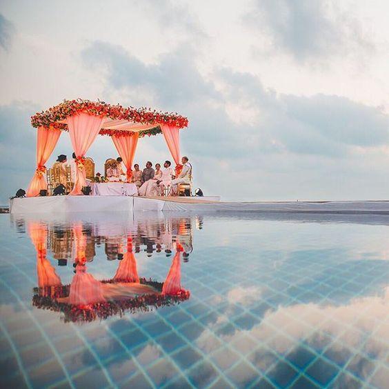 Elegant Floating Mandap Styles For Your Wedding, 9adb4a1045286455a009b9902c48a405