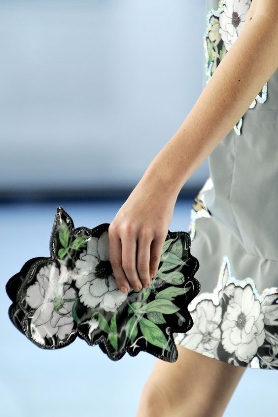 Christopher Kane Spring 2012 Ready-to-Wear Fashion Show Details