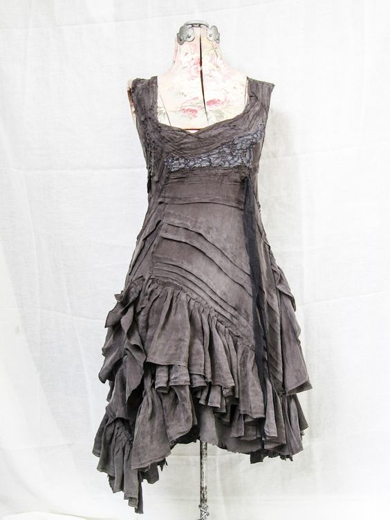 Gorgeous grey dress with pleats and ruffles, very rustic. Love