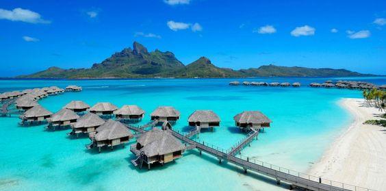 Four Seasons Resort Bora Bora, Französisch-Polynesien | HomeDSGN eine tägliche Quelle für Inspiration und frische Ideen Innenarchitektur und Heimtextilien.