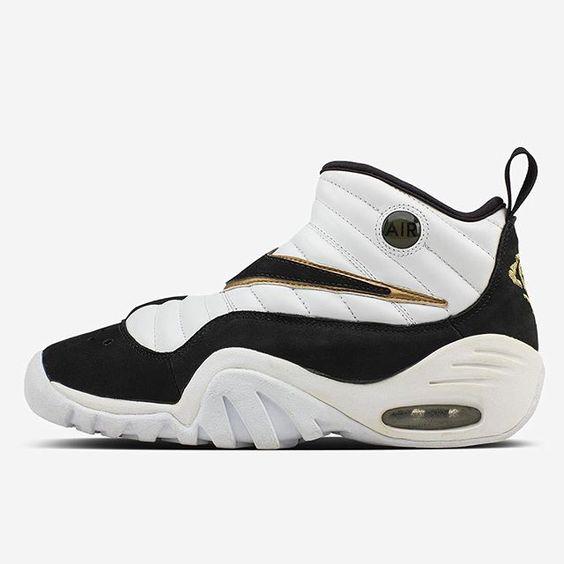 34ba55aae241 ... Gray V44515 SAMPLE Sneakers Shoes REEBOK SHROUD (FLORAL RAIN CAMO) W A  L K . P R E T T Y ! Pinterest Reebok