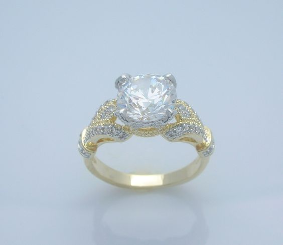 Totally Captivating Cubic Zirconia Ladies Fashion Ring Size 8 $25.97 #teamsellit