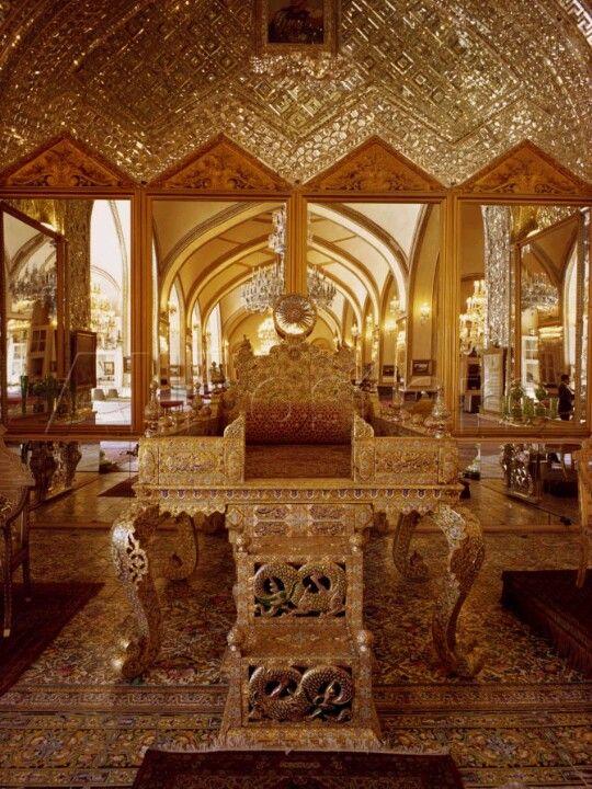 Akbar The Great Palace Peacocks, The o'jays a...