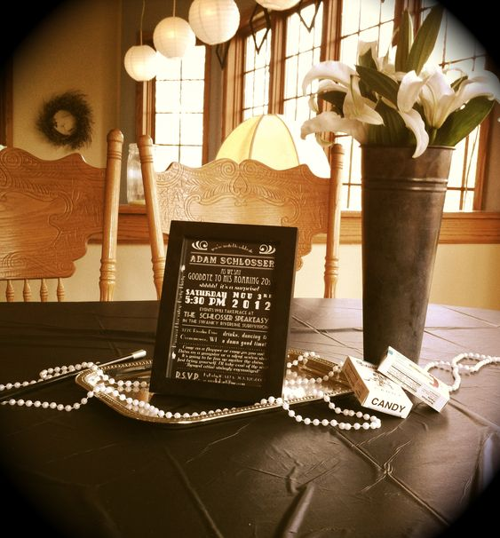 Roaring twenties table setting check out this website for 1920s decoration ideas