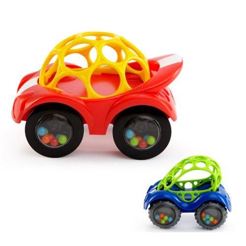 La voiture Oball est l'une des premières voitures de l'enfant. Il l'attrape par le toit, souple et flexible. Lorsqu'il la manipule ou la fait rouler, il entend et voit les billes de couleur tourner dans les 4 roues. Cette voiture Oball l'encourage à se déplacer.