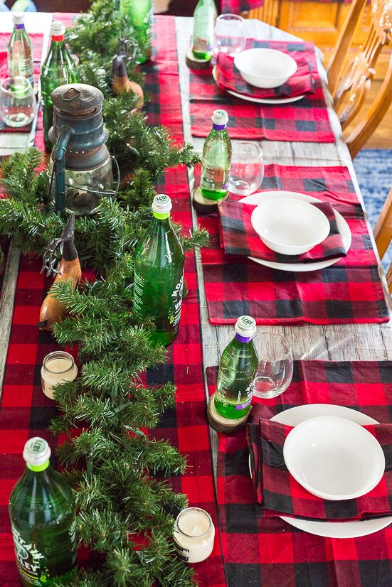 Rustic Christmas And Holiday Table Decorations And Table Settings With A Lantern Centerpiec Holiday Table Decorations Rustic Christmas Christmas Table Settings
