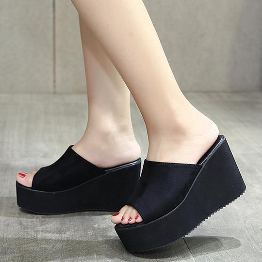 90s Platform Sandals (2 Colors