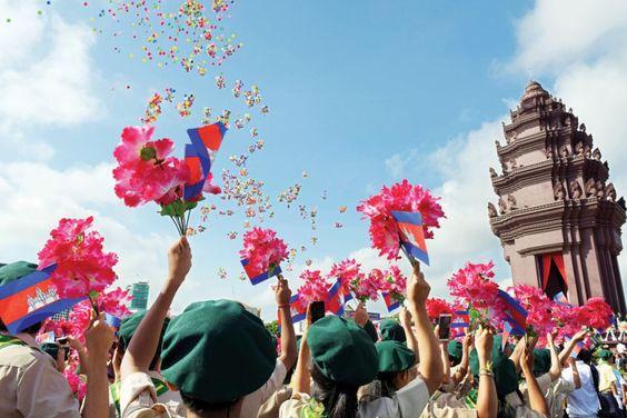 Tượng đài là nơi diễn ra ngày lễ độc lập của vương quốc Campuchia