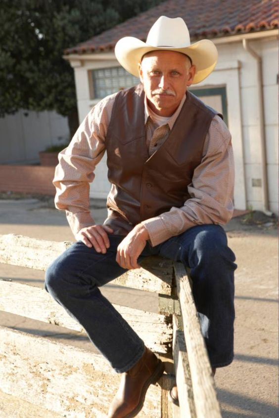 How to Wear Cowboy Boots, for Men | Moonlight, Blues & BBQ- Gala ...
