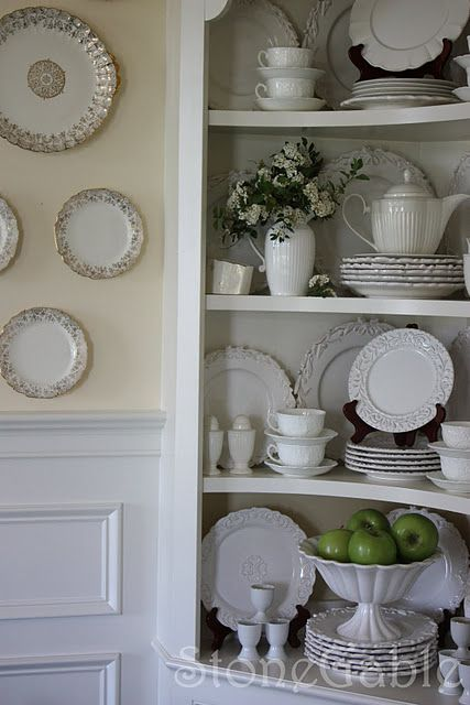Beautiful china display cabinet- I'm really struggling with my corner hutch in my dining room and hoping this inspires me.