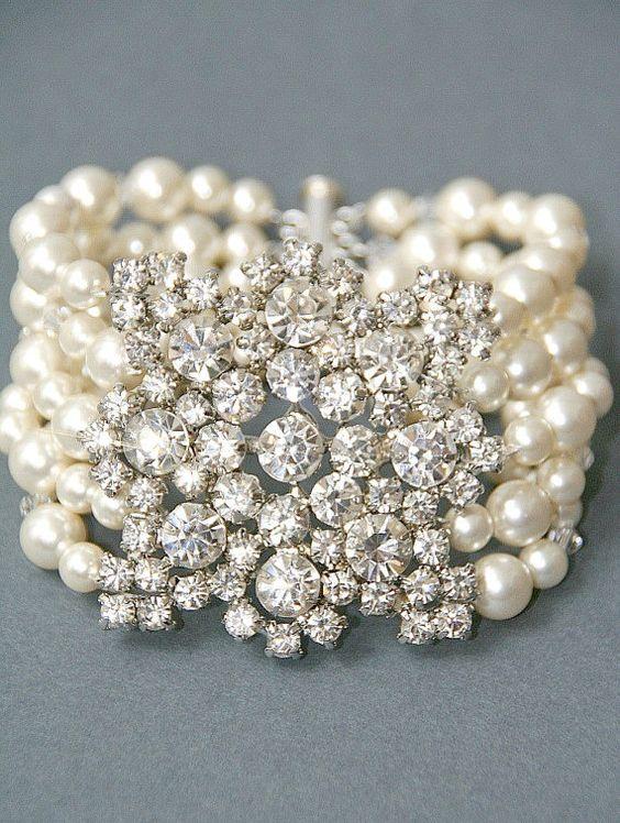 Vintage Crystal/Pearl Bracelet Via Etsy: