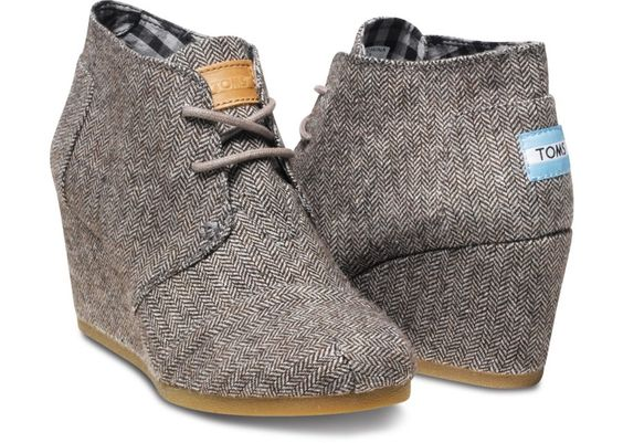 Toms Herringbone Women's Desert Wedges hero -